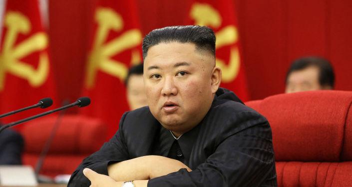 زعيم كوريا الشمالية يقول أمريكا وكوريا الجنوبية تهددان السلام بالحشد العسكري