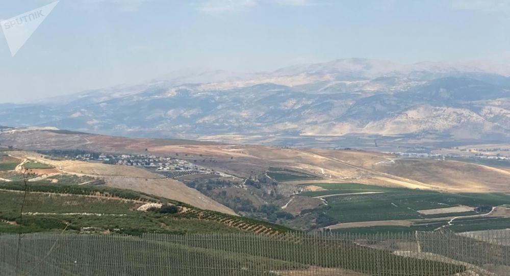 إسرائيل تحبط محاولة تهريب مسدسات ومخدرات على الحدود مع لبنان