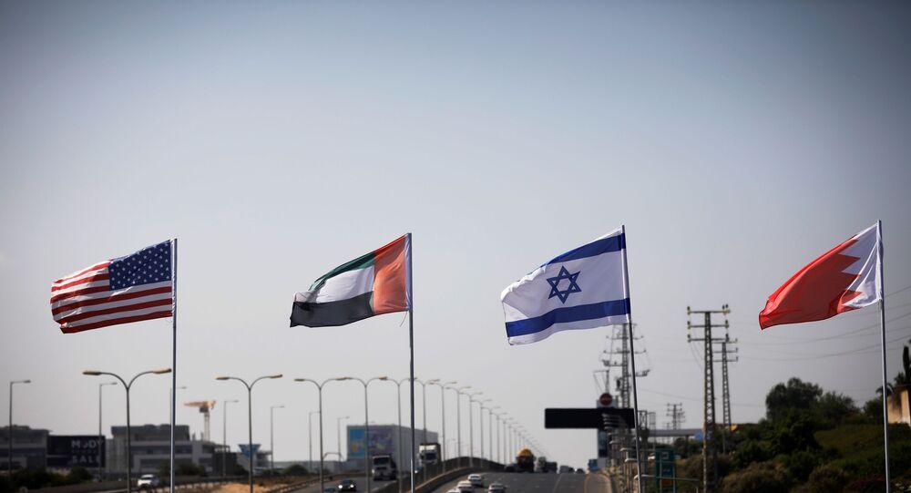 لأخبار التطبيع أعلام إسرائيل والولايات المتحدة والبحرين والإمارات