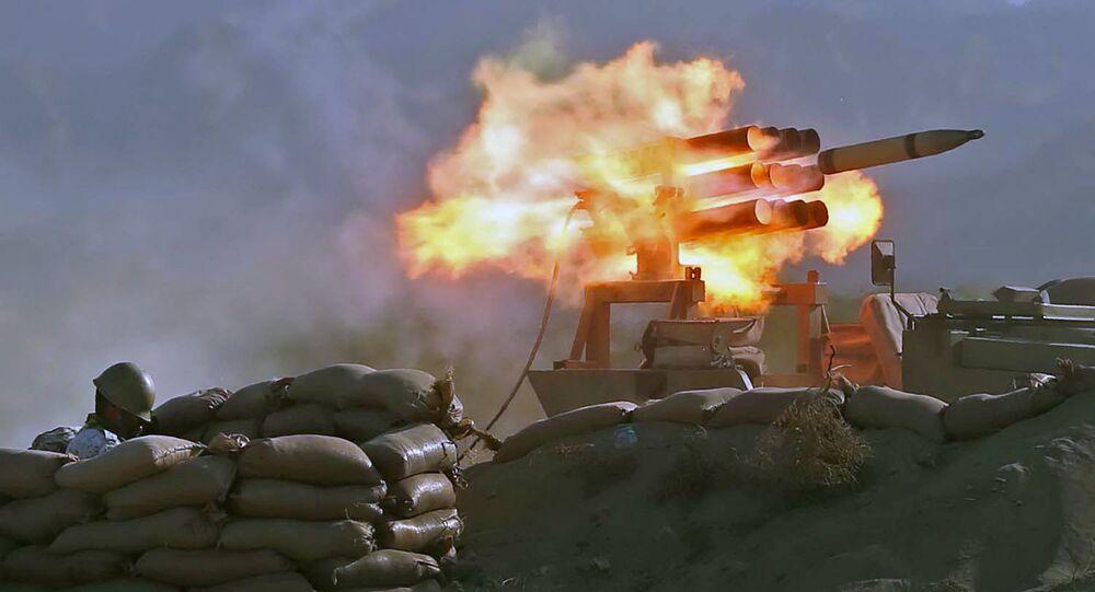 مناورات الجيش الإيراني ذو الفقار 99 في خليج عمان