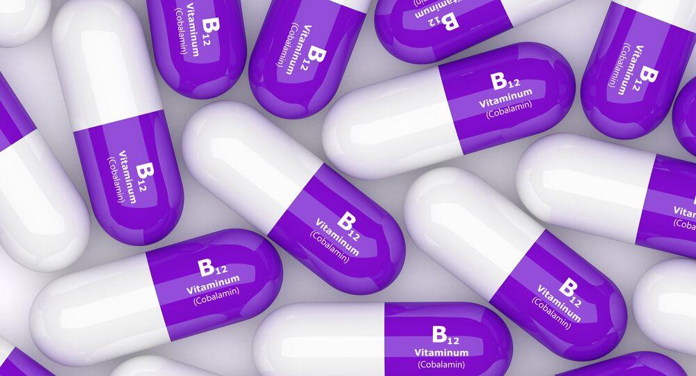 فيتامين بي 12