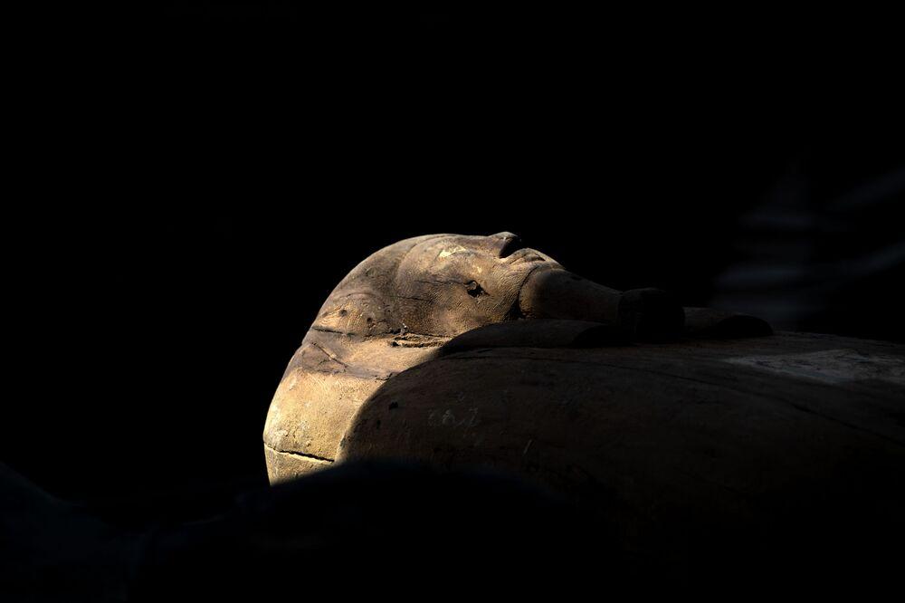 اكتشاف آثار سقارة بمحافظة الجيزة، على بعد 30 كيلومترا جنوب القاهرة، مصر 3 أكتوبر 2020