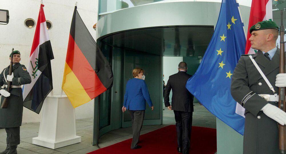 رئيس مجلس الوزراء العراقي، القائد العام للقوات المسلحة، مصطفى الكاظمي، يلتقي بالمستشارة الألمانية أنجيلا ميركل في برلين، ألمانيا 20 أكتوبر 2020