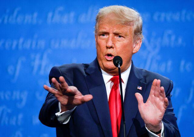 المنظارة الانتخابية بين المرشح الجمهوري الرئيس الحالي دونالد ترامب والمرشح الديمقراطي جو بايدن، الانتخابات الرئاسية، الولايات المتحدة الأمريكية 22 أكتوبر 2020