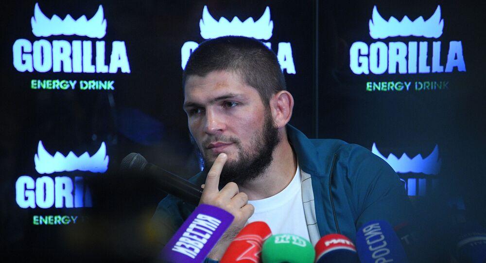 مؤتمر صحفي للمصارع الروسي حبيب نورمحمدوف