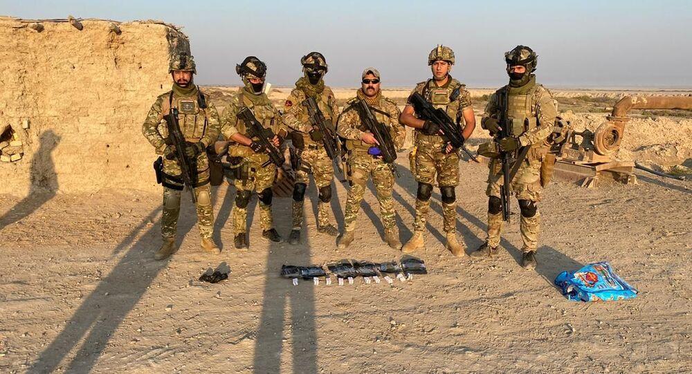 نفذت القوات العراقية عملية نوعية شارك بها طيران الجيش بإنزال لضبط مواد خطيرة تهدد المجمع العراقي في محافظة ميسان أقصى جنوب البلاد، العراق  30 أكتوبر/تشرين الأول 2020