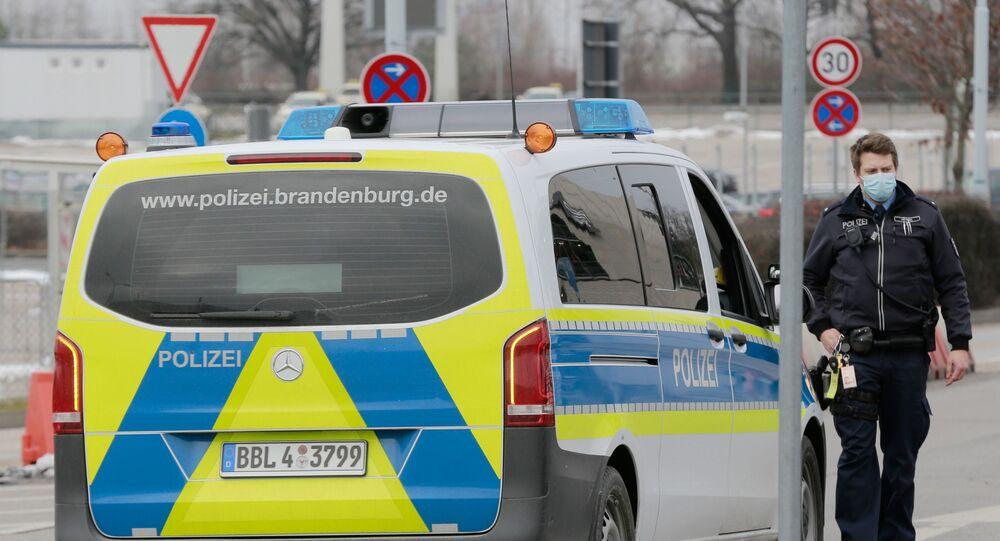 عملية ترحيل نافالني من مطار براندنبورغ في ألمانيا