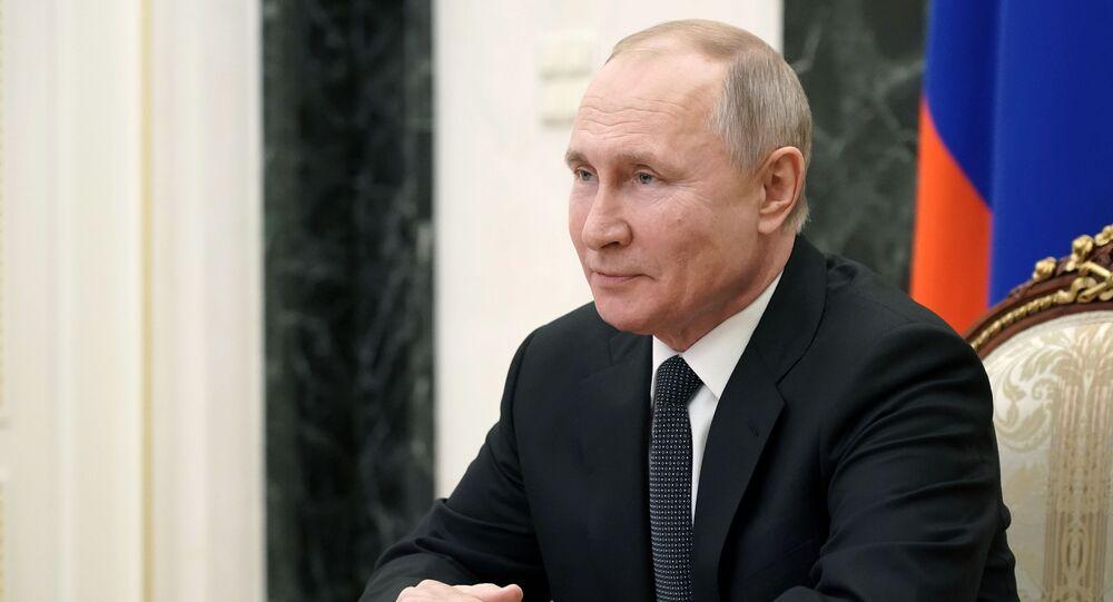 الرئيس الروسي فلاديمير بوتين، خلال اجتماع مع أعضاء مجلس الأمن في روسيا الاتحادية، عبر الفيديو، 26 فبراير 2021