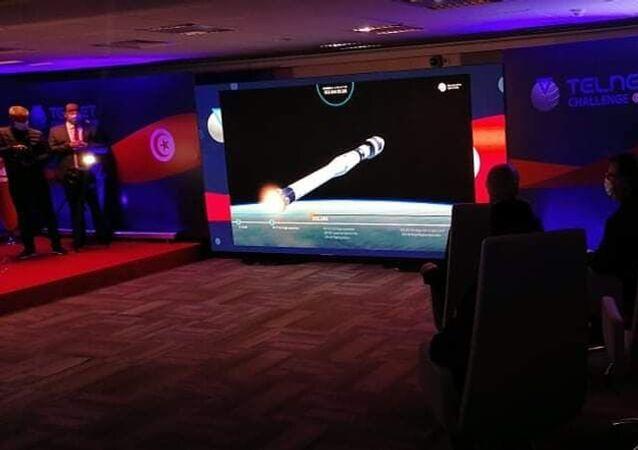 قيس سعيد يتابع إطلاق أول قمر صناعي تونسي