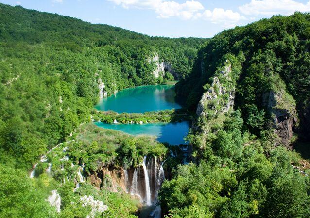 الحديقة الوطنية بحيرات بليتفيتش في كرواتيا