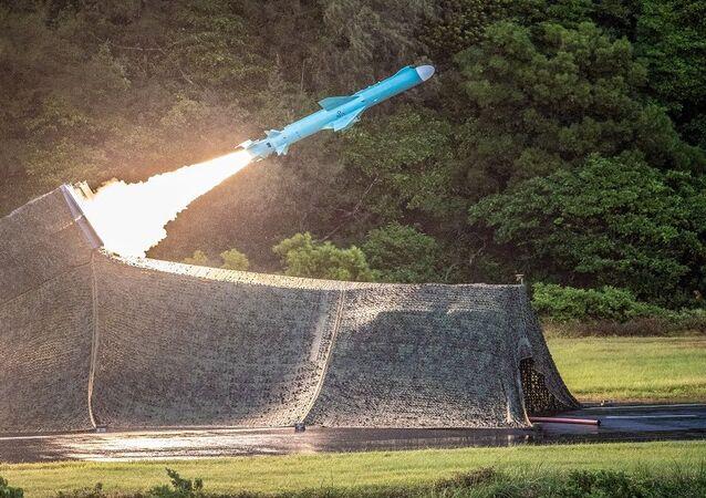 الجيش التايوان... صاروخ تايوان محلي الصنع