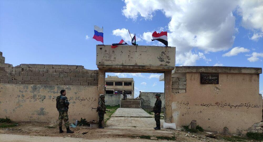 جبهة النصرة تمنع خروج السكان السوريين من إدلب باتجاه المناطق الآمنة