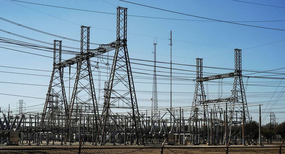 أعمدة الكهرباء