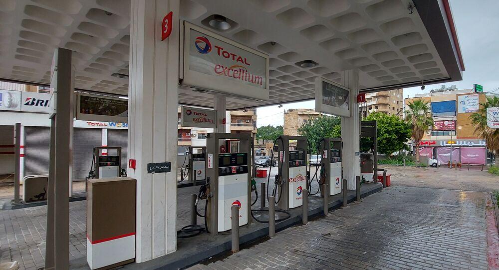إقفال محطات البنزين في لبنان