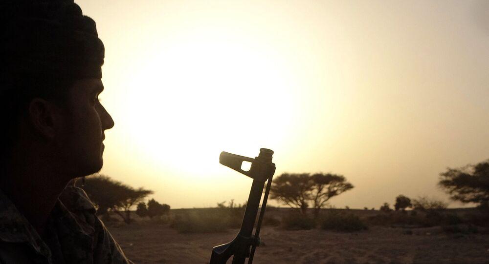 القوات الموالية لقوات التحالف العربي بقيادة السعودية، على الجبهة القتالية ضد أنصار الله الحوثيين، شمال شرق محافظة مأرب، اليمن 27 أبريل 2021