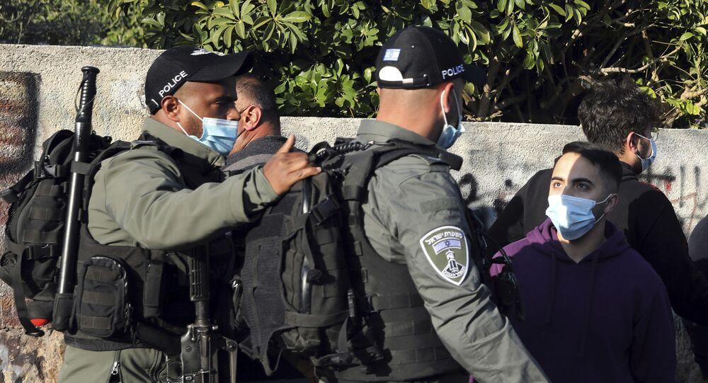 مواجهات بين أهالي حي الشيخ جراح وقوات الشرطة الفلسطينية والمستوطنين، القدس الشرقية، فلسطين، 19 مارس 2021