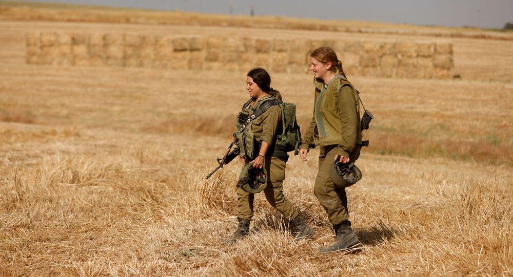 قوات الجيش الإسرائيلي ينتشر على الحدود مع قطاع غزة، فلسطين، إسرائيل 12 مايو 2021