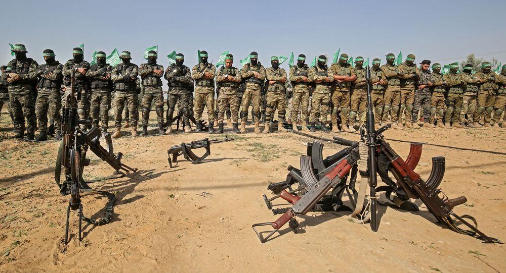 عناصر تابعة لكتائب القسام الجناح العسكري لحركة حماس