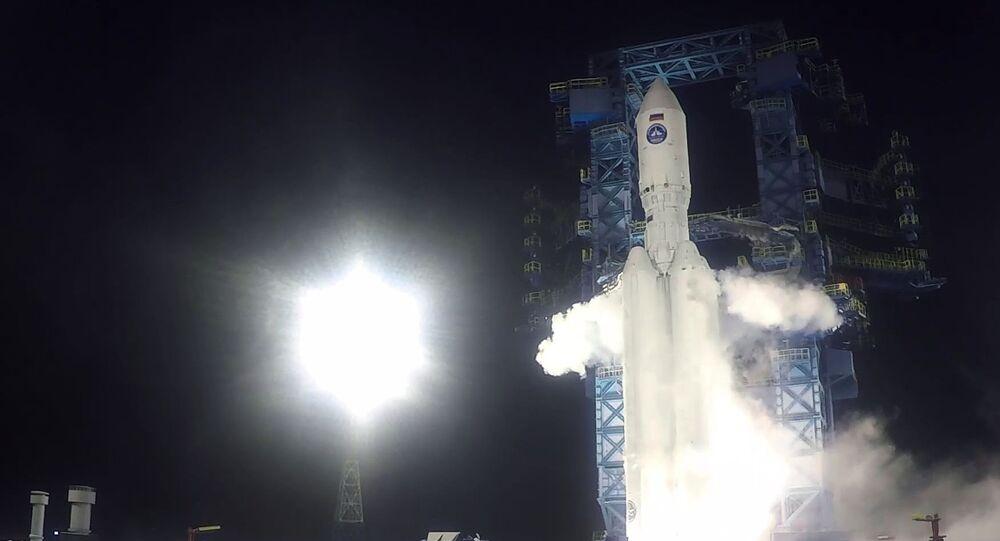 إطلاق صاروخ أنغارا 5