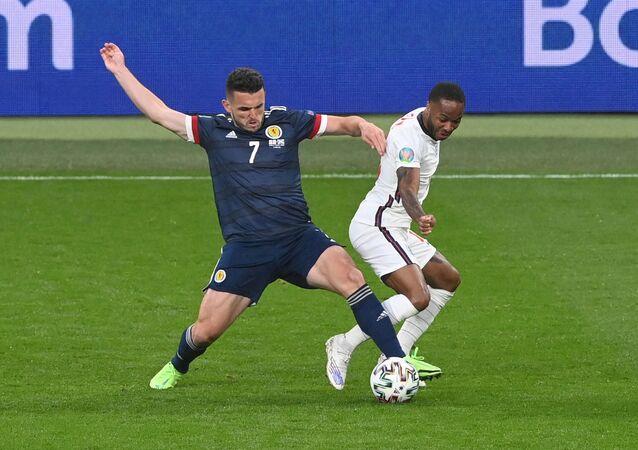 مباراة إنجلترا واسكتلندا في أمم أوروبا يورو 2020 باستاد ويمبلي