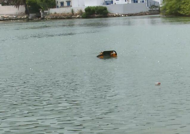 أول روبوت تونسي لتنظيف الموانئ من التلوث في ميناء سيدي بوسعيد