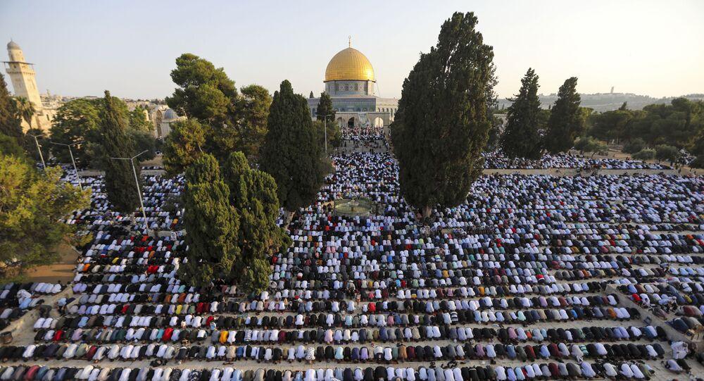 صلاة عيد الأضحى في ساحة مسجد الأقصى في القدس، فلسطين 20 يوليو 2021