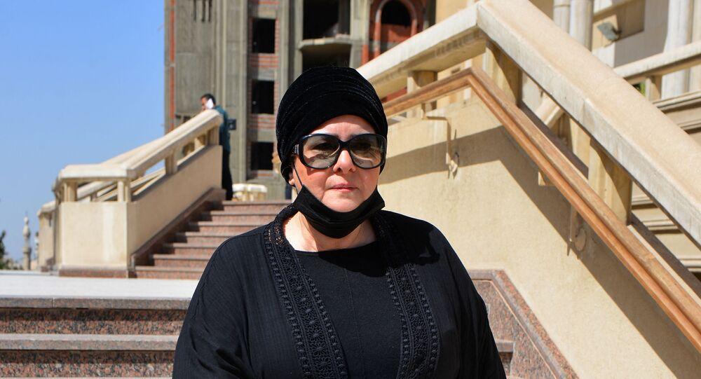 الفنانة المصرية دلال عبد العزيز