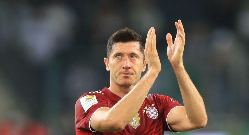 مهاجم بايرين ميونيخ، روبرت ليفاندوفسكي، بعد نهاية مباراة بروسيا مونشنغلادباخ، 13 أغسطس/ آب 2021