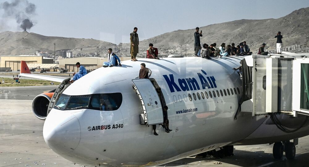 العثور على بقايا بشرية بعجلة طائرة عسكرية قادمة من مطار كابل
