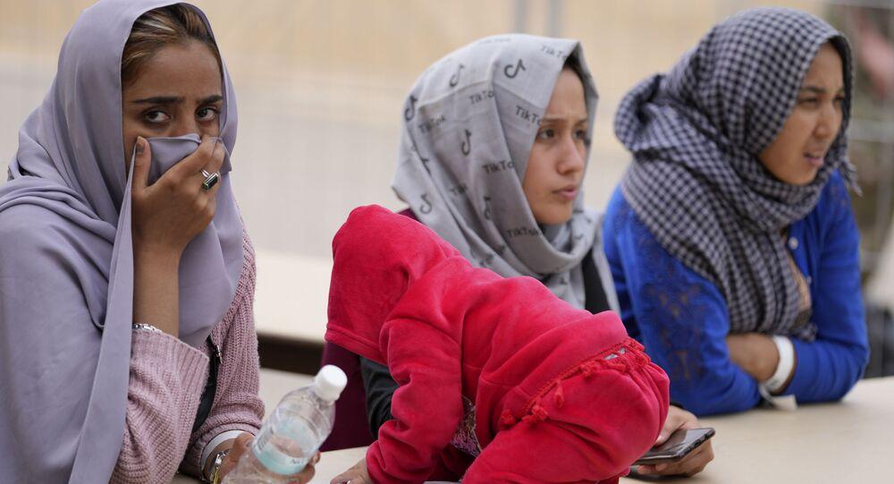 نساء أفغانيات، في قاعدة رامشتين الجوية في ألمانيا 24 أغسطس 2021