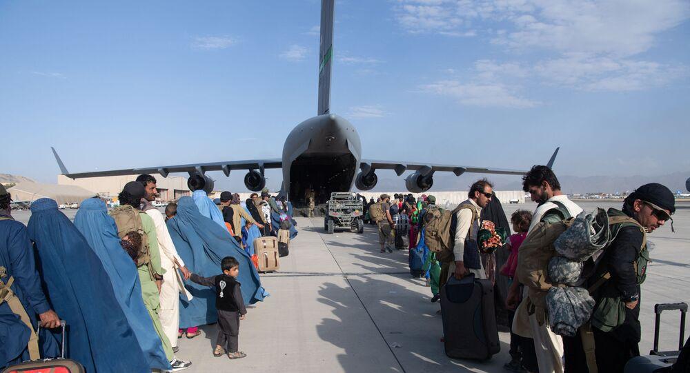مطار أحمد كرزاي الدولي  في كابول، أفغانستان 24 أغسطس 2021