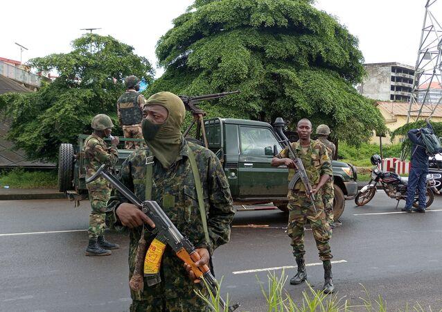 الوضع في غينيا بعد الانقلاب العسكري على الرئيس ألفا كوندي في كوناكري، 5 سبتمبر 2021