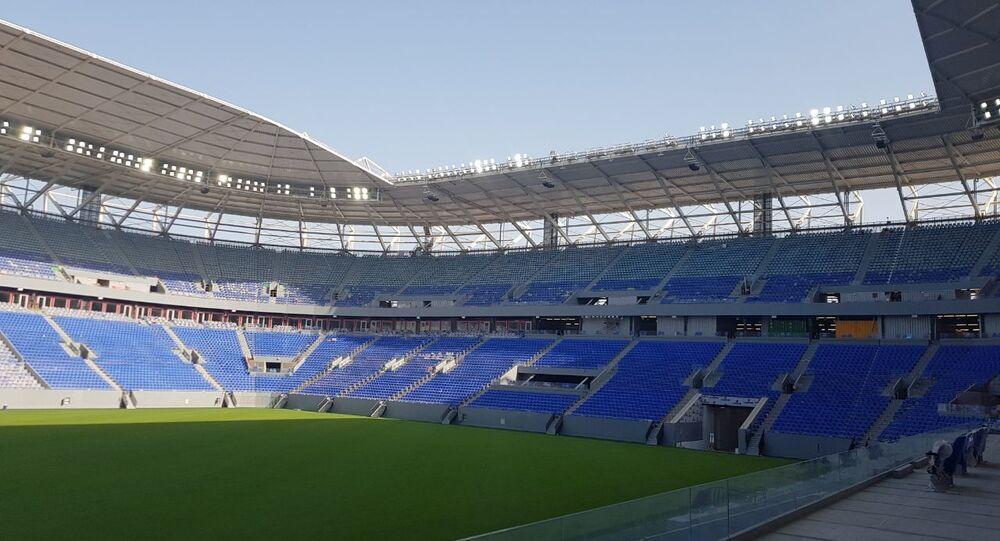 قطر تستعد لافتتاح أول ملعب كرة قدم قابل للتفكيك