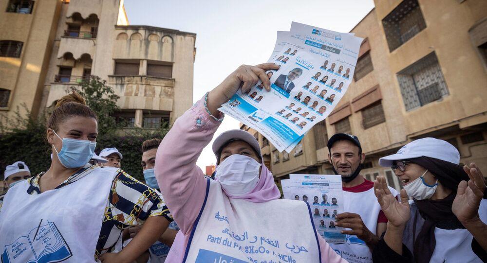 أنصار حزب حزب التقدم والاشتراكية يخرجون في مسيرات مؤيدة للحزب قبل الانتخابات بالقرب من الرباط، المغرب 4 سبتمبر 2021