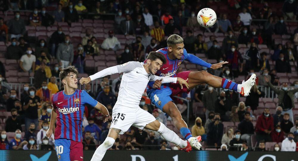 مباراة برشلونة وغرناطة المثيرة في الدوري الإسباني 20 سبتمبر 2021