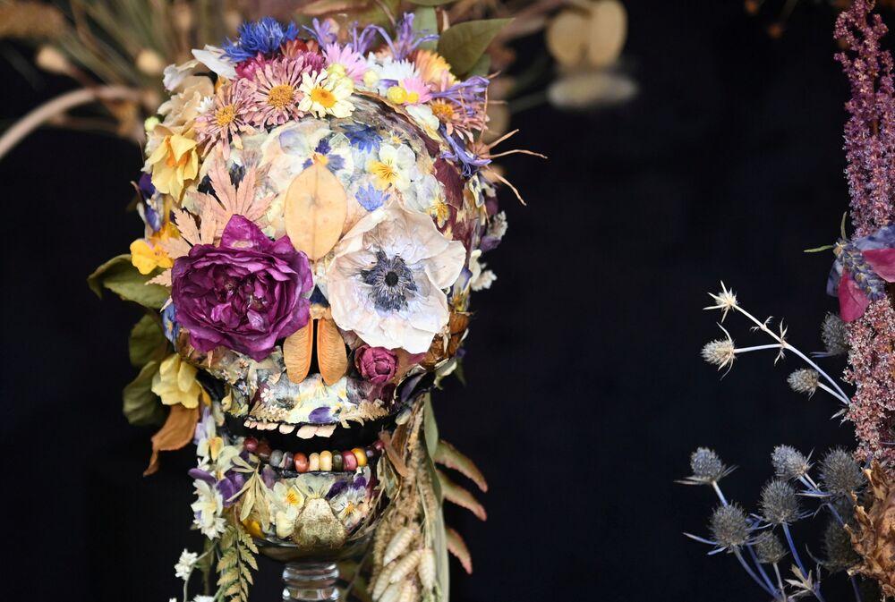 التحضيرات لافتتاح معرض تشيلسي الكبير للزهور في لندن، إنجلترا 20 سبتمبر 2021