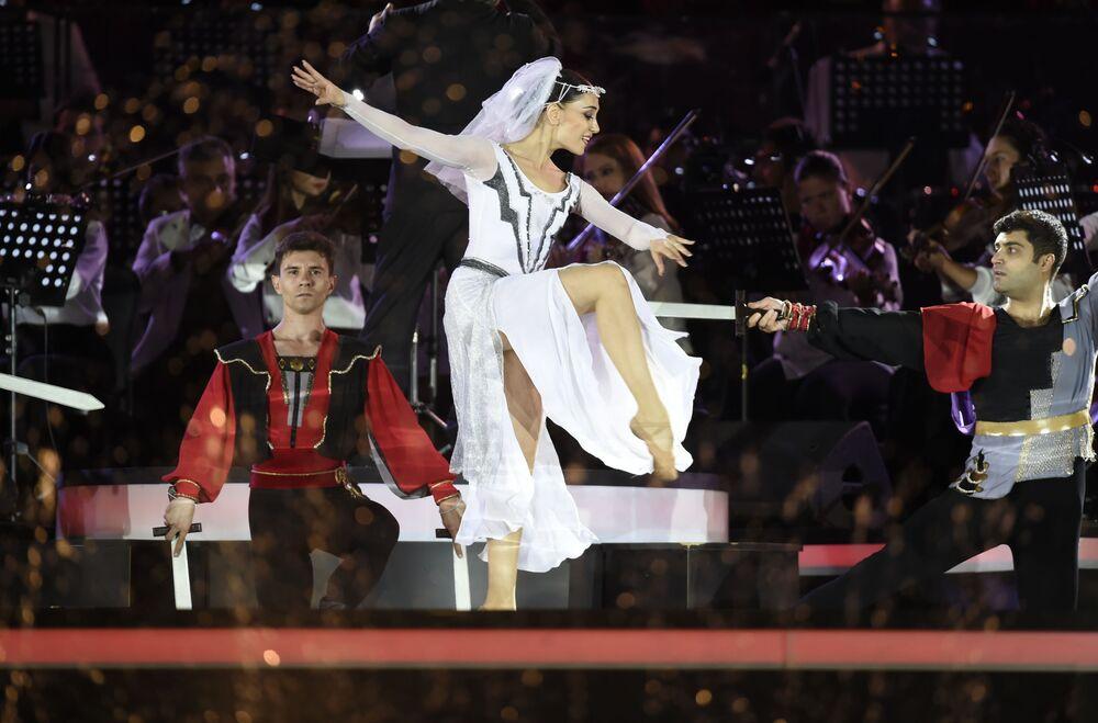 حفل موسيقي احتفالي في يريفان بمناسبة الذكرى الثلاثين لاستقلال جمهورية أرمينيا.