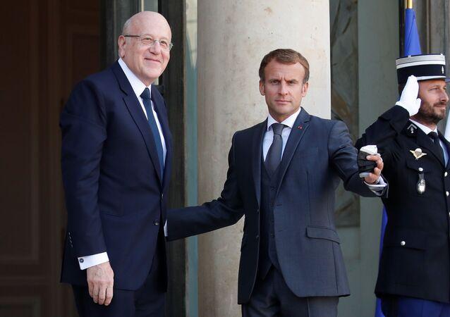 الرئيس الفرنسي إيمانويل ماكرون يلتقي مع رئيس الحكومة اللبنانية نجيب ميقاتي في باريس، فرنسا 24 سبتمبر 2021