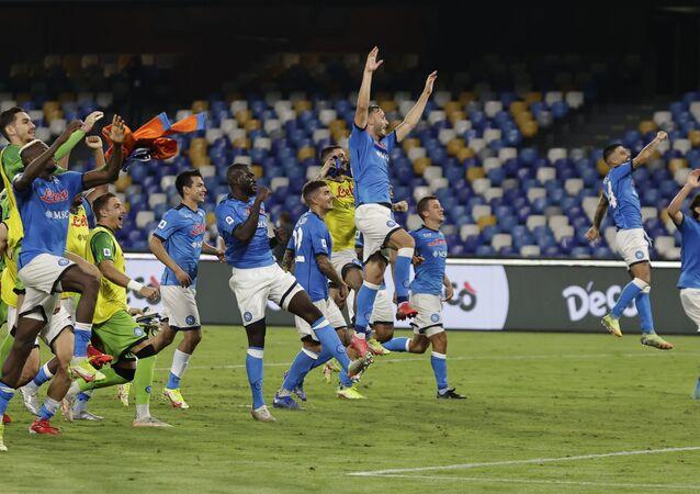 مباراة نابولي وكالياري في الدوري الإيطالي