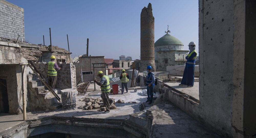 ترميم المنازل من دمار الحرب التي تسببها داعش في الموصل العراق