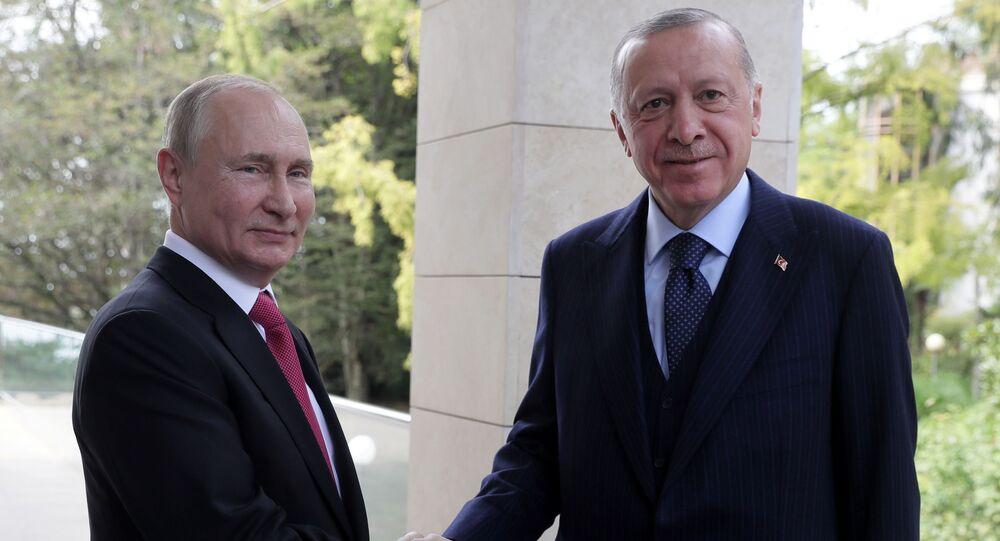 الرئيس الروسي فلاديمير بوتين يلتقي مع الرئيس التركي رجب طيب أردوغان في سوشتي، روسيا  29 سبتمبر 2021