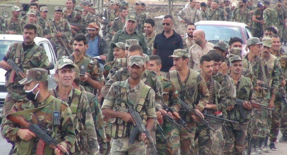 كاميرا سبوتنيك تواكب انتشار الجيش السوري في أكبر مدن ريف درعا