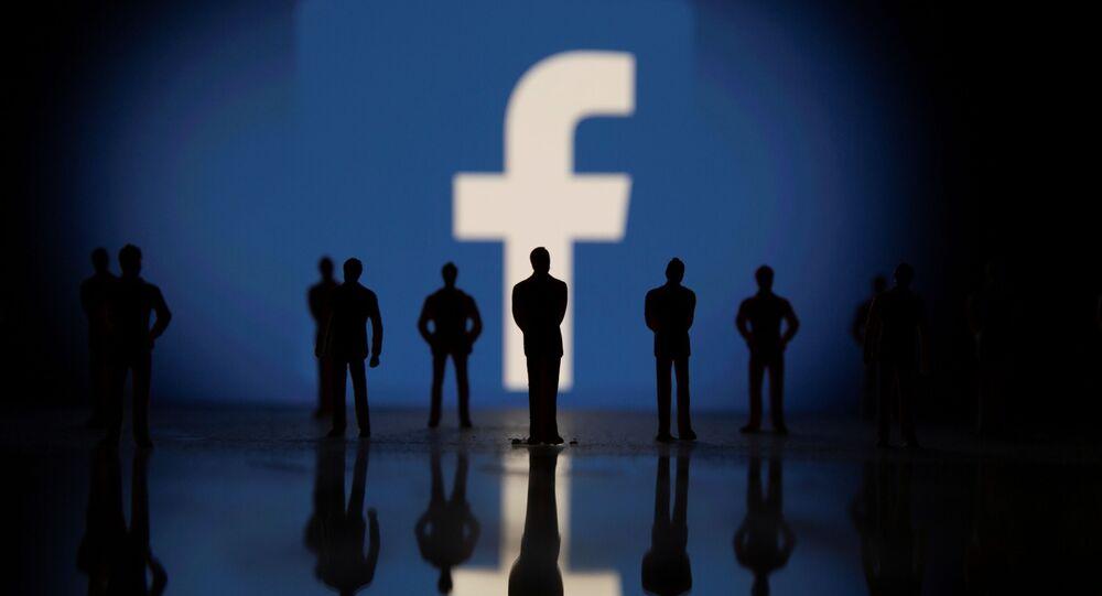 فيسبوك يعلن عودة خدماته للعمل