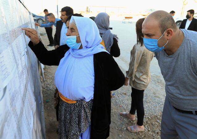اليزيديون يشاركون في الانتخابات العراقية في دهوك، العراق 8 أكتوبر 2021