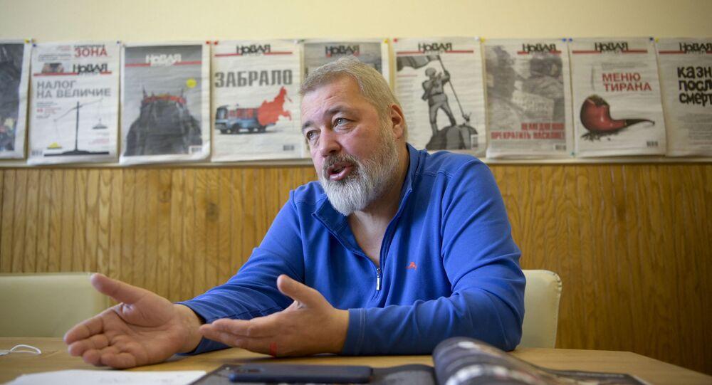 الصحفي الروسيوديمتري موراتوف الحائز على جائزة نوبل للسلام لعام 2021