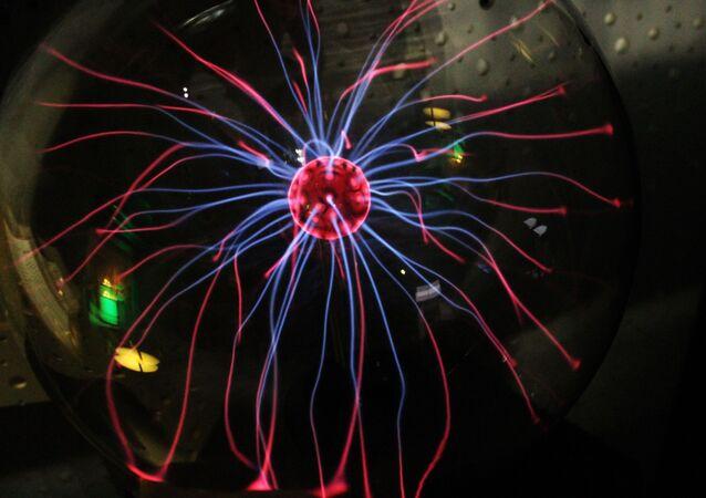 نبضة كهرومغناطيسية في المختبر