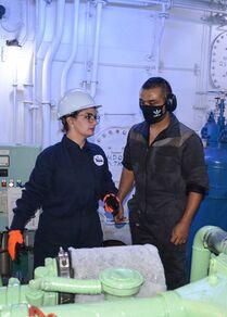 بشرى ناصيف، مهندسة بحرية تعمل على متن السفن السورية