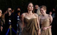 عضو فريق التمثيل أنجلينا جولي يصل إلى العرض الأول لفيلم Eternals في لوس أنجلوس، كاليفورنيا، الولايات المتحدة 18 أكتوبر 2021