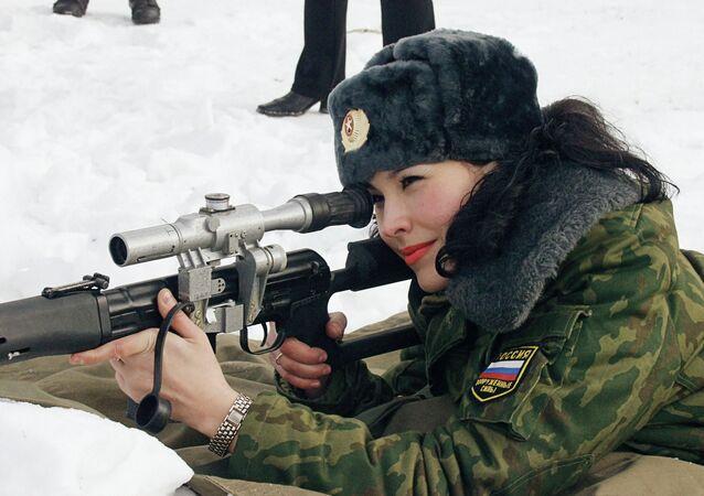 حسناوات في الجيش الروسي