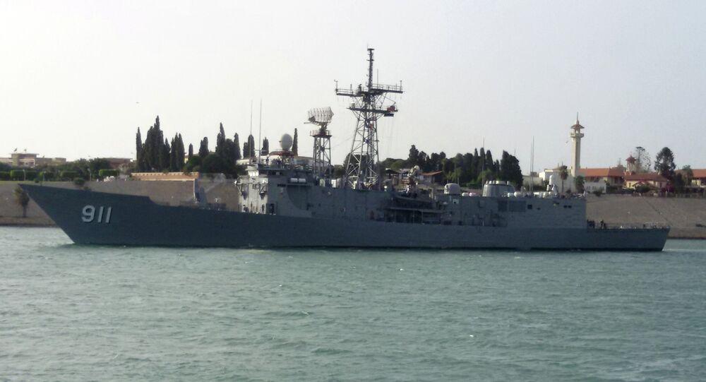 سفينة حربية مصرية
